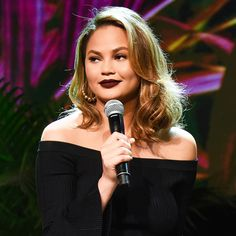 5 Fall Skincare Tips From Chrissy Teigen's Facialist Beauty Tips For Skin, Skin Care Tips, Beauty Hacks, Hair Beauty, The Zoe Report, Things To Know, Playboy, Pop Culture, Moisturizer