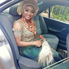 Igbo bride @chichiugwuzor is all smiles and ready   Photo via @eco_chinwe