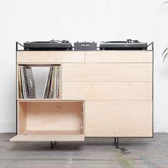 selectors-cabinet-studio-rik-ten-velden-dj-booth-portable-storage-unit-design-music-netherlands_dezeen_sq.jpg (2364×2364)