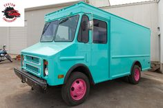 Find the best custom food trucks and concession trailers, Builder, outfitter at Custom Concessions in New Castle, Delaware. Call ☎ for a quote today! Custom Food Trucks, Used Food Trucks, Concession Trailer For Sale, Concession Food, Food Truck For Sale, Trucks For Sale, Custom Trailers, Trailers For Sale, Jersey City