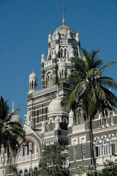 Mumbai is another place with beautiful architecture...guess I gotta add one more place to my bucket list! www.annjaneliving.com