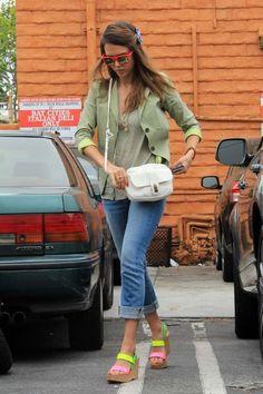 Jessica Alba wearing Gerard Darel Sac Bandouliere Harper Pretty Bag in White STUN Flare Red Wayfarer Splendid Polka Dot Button Front Tank