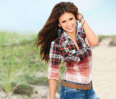 Nina Dodrev: with make-up and without make-up