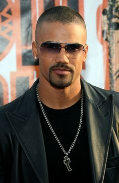 Could he be any cuter!!   Shemar Moore Photos - 21st Annual Soul Train Music Awards - Arrivals - Zimbio