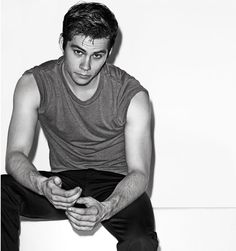 26d19b3dff24 Dylan O Brien Interview On The Maze Runner - Dylan O Brien Teen Wolf - Elle  -