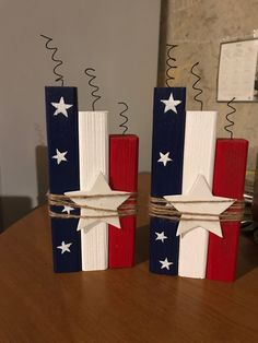July 4th Holiday, Fourth Of July Decor, 4th Of July Decorations, Holiday Decorations, Wood Block Crafts, Barn Wood Crafts, Wooden Crafts, Wood Blocks, Fouth Of July Crafts