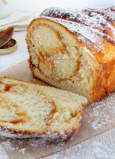 Croissants, Baby Cooking, Pan Dulce, Caramel Recipes, Yeast Bread, Something Sweet, Sweet Bread, Bread Recipes, Biscotti