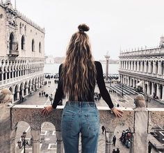✰ pinned by princessikeaa Bad Hair, Hair Day, Hair Inspo, Hair Inspiration, Tousled Hair, Foto Casual, Let Your Hair Down, Insta Photo Ideas, Tumblr Girls