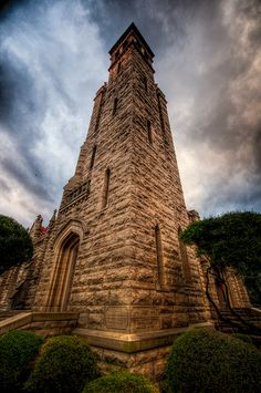 First Presbyterian Church of Fort Smith, Arkansas. 3 exposures at +/- 2 stop range. Fort Smith Arkansas, Arkansas Usa, Vacation Spots, Vacation Ideas, Church Building, Building Structure, Place Of Worship, Beautiful Places, Beautiful Homes