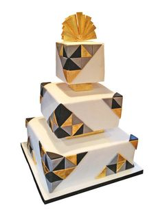 An art deco/geometric wedding cake with 166 triangles! Pretty Cakes, Cute Cakes, Beautiful Cakes, Amazing Cakes, Geometric Cake, Geometric Wedding, Art Deco Cake, Cake Art, Square Wedding Cakes