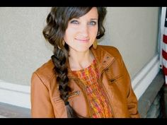 Gorgeous Messy Braid {so easy, done in 2 minutes}!