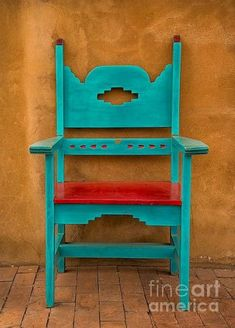 """Turquoise and Coral Chair"" A photo of a vividly painted chair found in Oldtown section of Albuquerque, New Mexico. Southwest Kitchen, Southwestern Home, Southwestern Decorating, Southwest Decor, Southwest Style, Southwestern Benches, Turquoise Chair, Red Turquoise, Aqua"