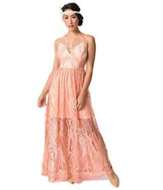 For those flirtatious evenings, darling! A stunning peach pink style vintage maxi, overlaid with a soft peach lace and light beige lining. The dramatic sweetheart bodice features a beautiful illusion neckline that secures in the back with a button t Long Flapper Dress, 1920s Dress, Vintage 20s Dresses, 1920s Fashion Dresses, 1920s Women's Clothing, White Cocktail Dress, Cocktail Dresses, Fancy Gowns, 1920s Style