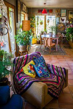 The most maximalist bohemian house on this Colorado farm Check more at . Bohemian House, Bohemian Room, Boho Home, Bohemian Interior, Bohemian Living, Bohemian Style, Bohemian Gypsy, Modern Bohemian, Hippie House Decor