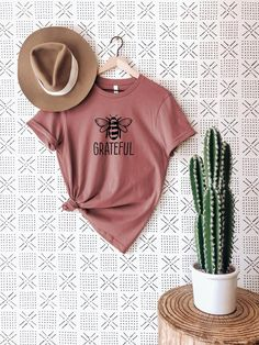 Disney Shirts For Family, Family Shirts, Mom Shirts, T Shirts For Women, Disney Family, Boho Photoshoot, Foto T Shirt, Disney With A Toddler, Mommy And Me Shirt