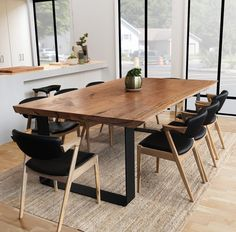 Casual Wooden Live Edge Dining Room Table Design - Professional Home Decor Farmhouse Dining Room Table, Dining Table Design, Dinning Table, Dining Room Furniture, Modern Rustic Dining Table, Reclaimed Wood Dining Table, Walnut Dining Table, Industrial Dining, Rustic Chair