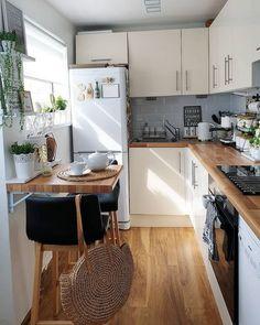 Home Decor Kitchen, Kitchen Interior, Home Kitchens, Kitchen Ideas, Apartment Interior, Room Kitchen, Classic Kitchen, Nordic Living, Nordic Home