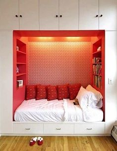 Space-Saving - Built-in Bed/Nook surrounded by Storage. Dream Rooms, Dream Bedroom, Home Bedroom, Bedroom Decor, Bedroom Nook, Teen Bedroom, Bedroom Furniture, Modern Bedroom, Extra Bedroom