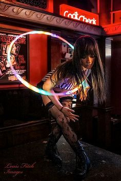 We love this shot of Michelle Bell and her LED hoop by Louis Fitch. Led Hula Hoop, Led Hoops, Hula Hoop Workout, Flow Arts, Light Painting, Me Time, Edm, Picture Video, Hula Hooping
