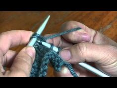 02490dd204f3 Apprendre le tricot - différence entre le surjet et 2 mailles ensemble