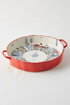 Marian Pie Dish Featuring beautiful floral designs, this kitchenware collection makes adds vibrance to your home cooking with charm to space. Ceramic Pottery, Ceramic Art, Slab Pottery, Ceramic Bowls, Ceramic Design, Isle Of Man, Sweet Home, Kitchenware, Tableware