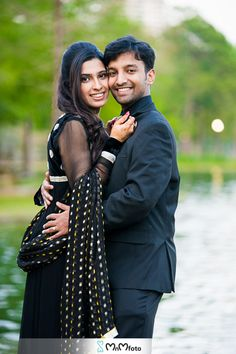This Indian bride and groom pose for engagement photos Formal Engagement Photos, Engagement Couple, Wedding Engagement, Bride Groom Photos, Indian Bride And Groom, Indian Wedding Photographer, Groom Poses, Wedding Pics, Wedding Photography
