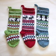 personalized knitted Christmas stockings (etsy)