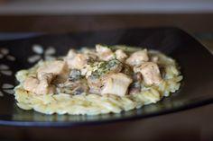 Carrie's Experimental Kitchen: Chicken Stroganoff