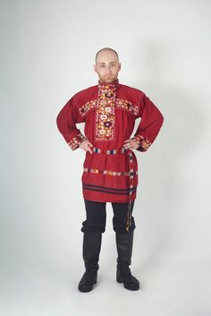 Shirts of this kind were worn in the northernVologoda Region. The festive clothing was decorated with rich embroidery. The shirts were not used while working, but only on special occasions.