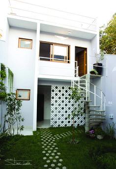Best home bedroom loft 43 ideas Minimalist House Design, Small House Design, Minimalist Home, Layouts Casa, House Layouts, Home Room Design, Home Interior Design, Studio Interior, Interior Livingroom