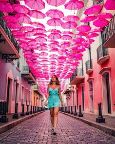 50 Ideas For Affordable Honeymoon Packages affordable honeymoon packages puerto rico girl on the street with colorful umbrellas Photography Poses Women, Creative Photography, Girl Photography, Poses Photo, Picture Poses, Affordable Honeymoon, Honeymoon Ideas, Puerto Rico Trip, San Juan Puerto Rico