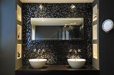 Badkamer mozaiek zwart zilver strak - Milovito glasmozaïek