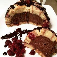 Gesztenyés-meggyes Charlotte torta