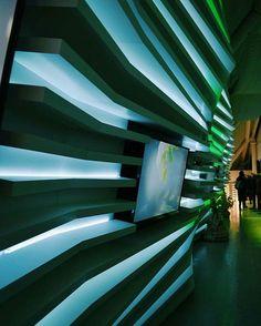 Luci e colori all'interno del Padiglione Belarus a #Expo2015!  Lights and colors inside @expo2015belarus Pavilion at #Expo2015!  Repost @giusygargano_