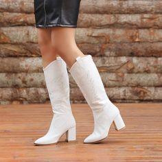 Gardabani Beyaz Kroko Desenli Diz Altı Western Çizme  #white #crocodile #heels #boots #longboots #western #beyaz #timsahdesenli #topuklu #çizme #kovboy Western Boots, Knee Boots, Booty, Ankle, Shoes, Fashion, Moda, Swag, Zapatos