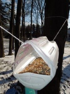 How to make many different types of bird and squirrel feeders