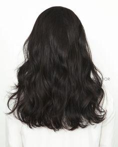 Long dark wavy hair