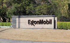 Exxon to pay $300 million in air pollution controls settlement Oct. 31 (UPI) --Exxon Mobil Corp. agreed to pay $300 million to resolve violations of the Clean Air Act at manufacturing facilities in Texas and Louisiana, the U.S. Department of Justice said Tuesday. The DOJ said the settlement will be used to install and ...