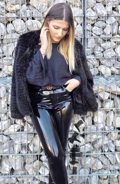 Vinyl Leggings, Pvc Leggings, Pantalon Vinyl, Pvc Trousers, Leather Tights, Vinyl Dress, Vinyl Clothing, Leder Outfits, Hot Outfits