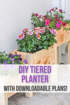 How to make a tiered planter box. Build a DIY tiered planter box with only $10 in lumber and under 2 hours. Great beginner project for your yard! Kreg Jig Projects, Scrap Wood Projects, Woodworking Projects That Sell, Diy Woodworking, Diy Wooden Planters, Tiered Planter, Wooden Diy, Planter Box Plans, Diy Planter Box