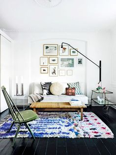 Living room with gallery wall and mixed pattered pillows
