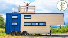 This is a big modern tiny house on wheels built onto a fifth wheel trailer that's just pure luxury! It's built by Minimaliste and you're welcome inside! Big Modern Houses, Modern Mansion, Big Houses, Modern House Design, Tiny House Plans, Tiny House On Wheels, Tiny House Exterior, Mansion Interior, Tiny House Movement
