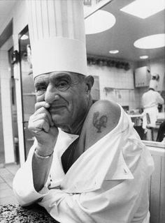 Chef Paul Bocuse and his Coq tattoo, le chef tatoué...