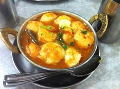 These 10 Indian Breakfast Options From Legendary Bangalore Eateries Are Comfort Food All The Way