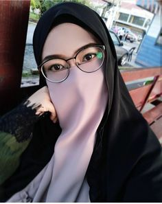 Hijab Dp, Hijab Niqab, Hijab Chic, Girl Hijab, Niqab Fashion, Muslim Fashion, Muslim Girls, Muslim Women, Beautiful Hijab Girl