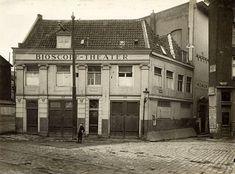 De vroegere panden op nrs. 117-119 als onderdeel van het Bioscope Theater van F.A. Nöggerath (1919).