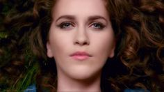 "Rae Morris ~ ""Closer"". Quirky, reflective - but awesome - new British artist!"