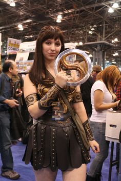 Diy xena warrior princess costume warrior princess costume me in my fully hand made xena costume someone from the crowd handed me the real chakram i was beside myself xena warrior princess costume solutioingenieria Image collections