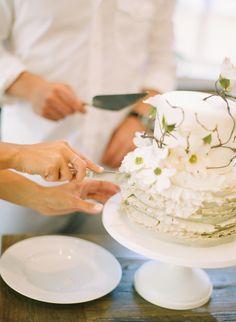 Maria's wedding cake by Maggie Austin cake | Abby Jiu photography