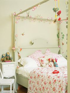 Lighted Up Girl Bedroom...For more kids room decor and organizing tips, ideas and products 'LIKE' https://www.facebook.com/KidsRoomDecor